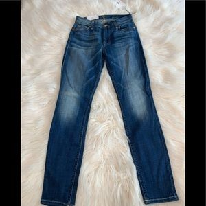 NEW women 7 For All Mankind Skinny Jeans